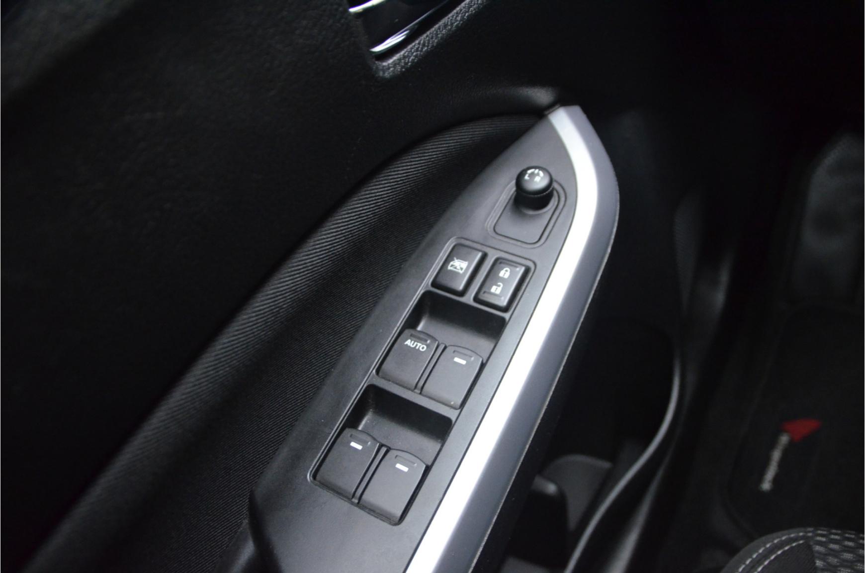 Suzuki-Vitara-19