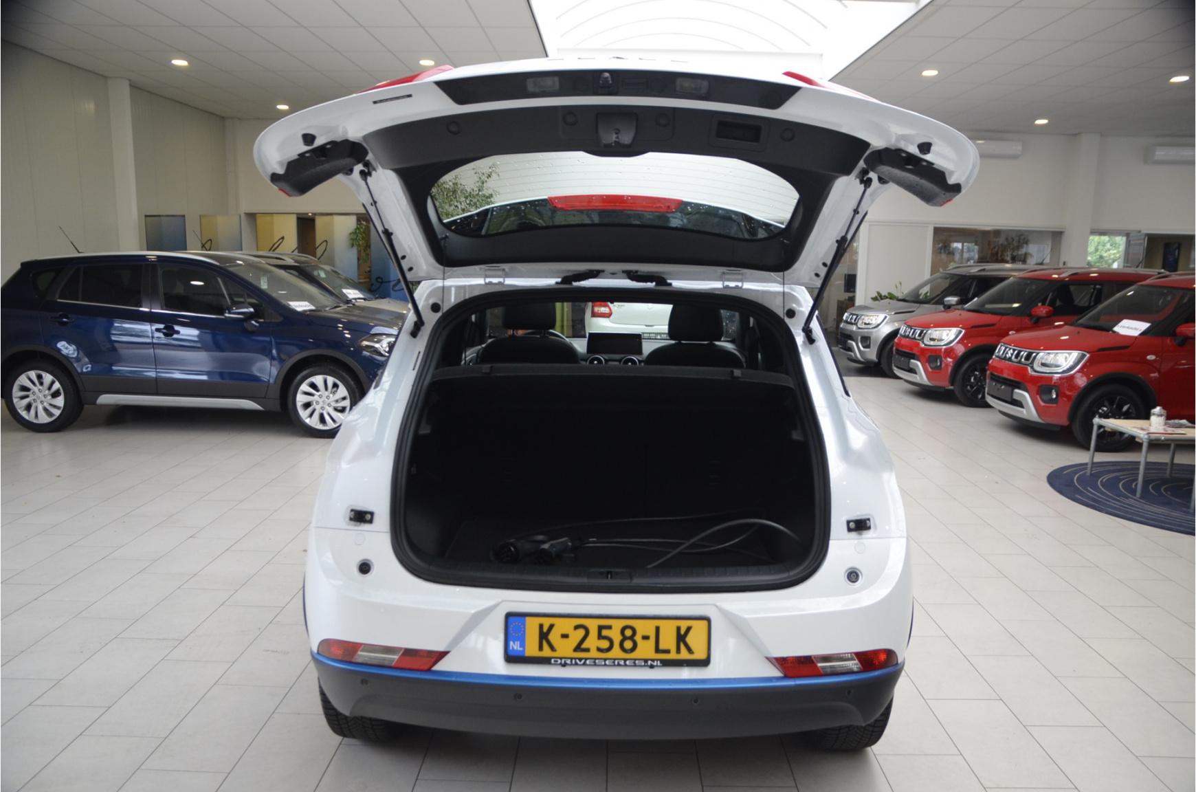 Seres-3 Luxury 52 kWh-37