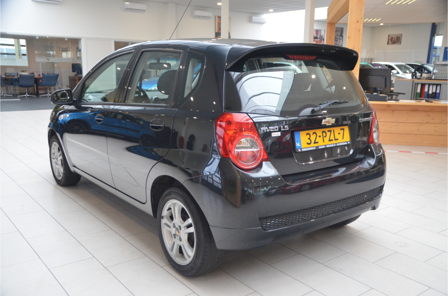 Chevrolet-Aveo-4