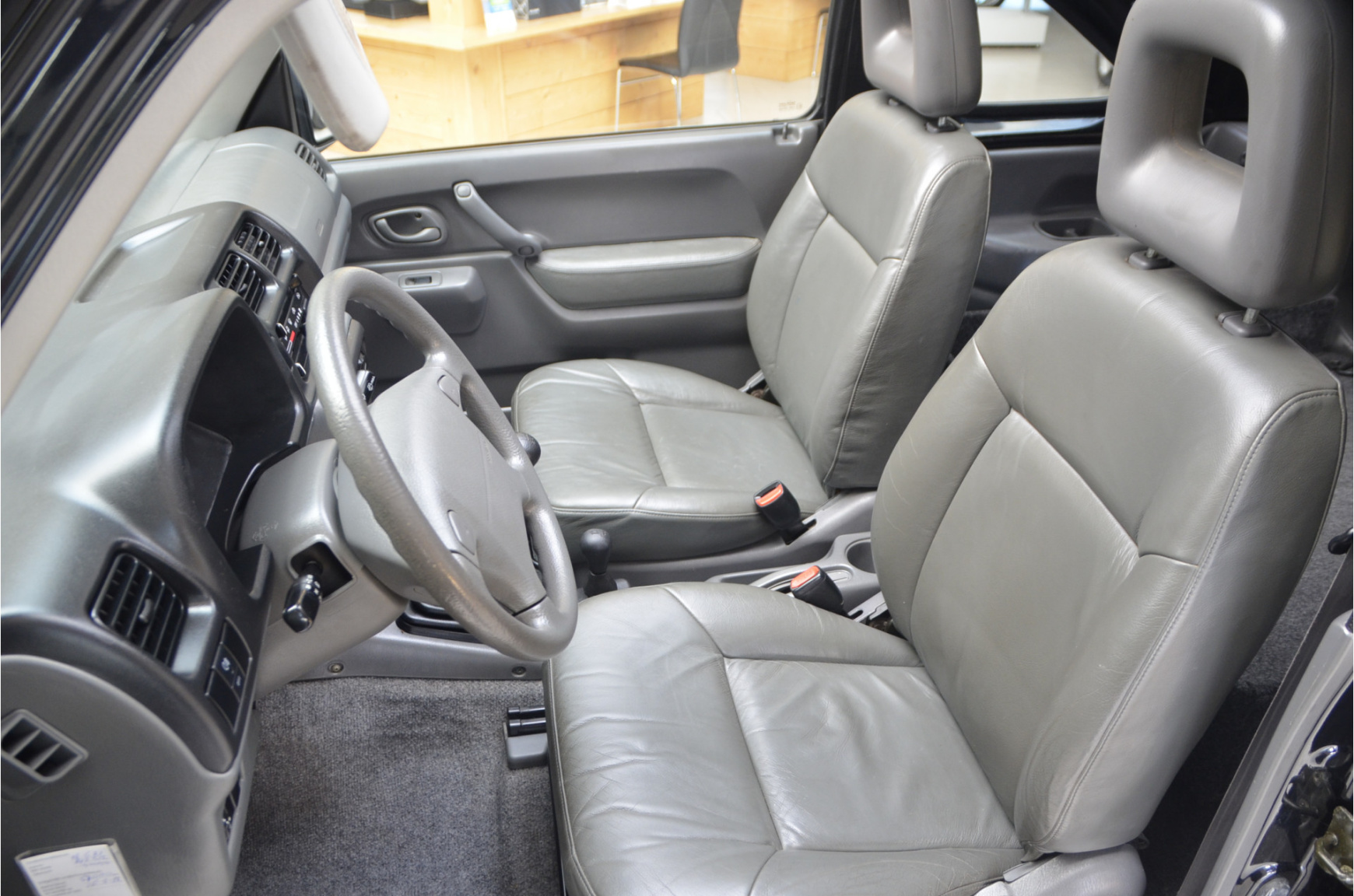 Suzuki-Jimny-14
