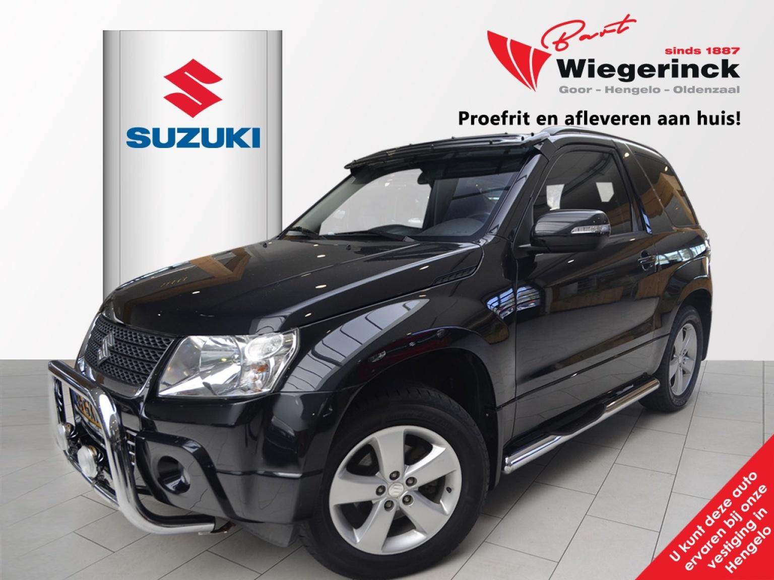 Suzuki-Grand Vitara-0
